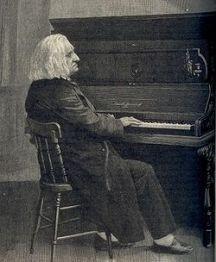 250px-Liszt_at_piano