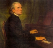 franz-liszt-at-piano-1